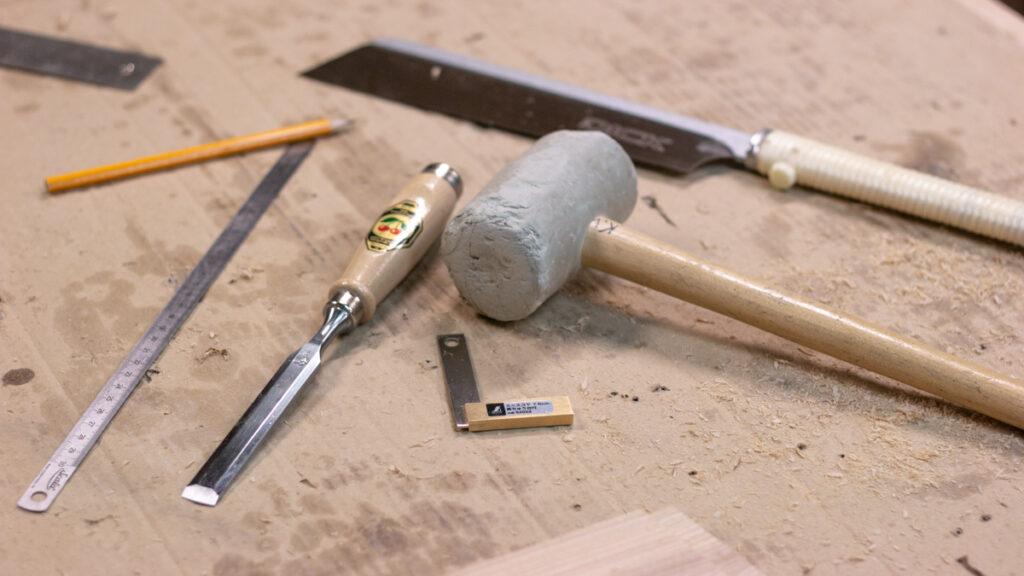 Tööde tegemisel on vaja tihti kordamööda erinevaid tööriistu